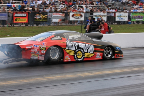 The drag racing market looks to make tracks in 2011.