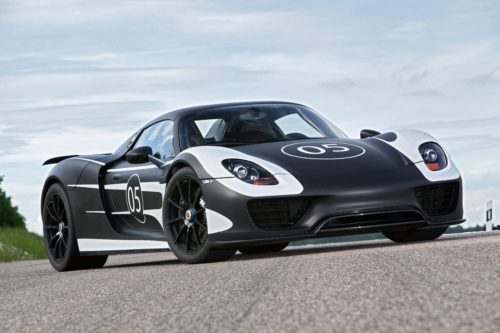 Development of the hybrid Porsche super sports car enters next phase.