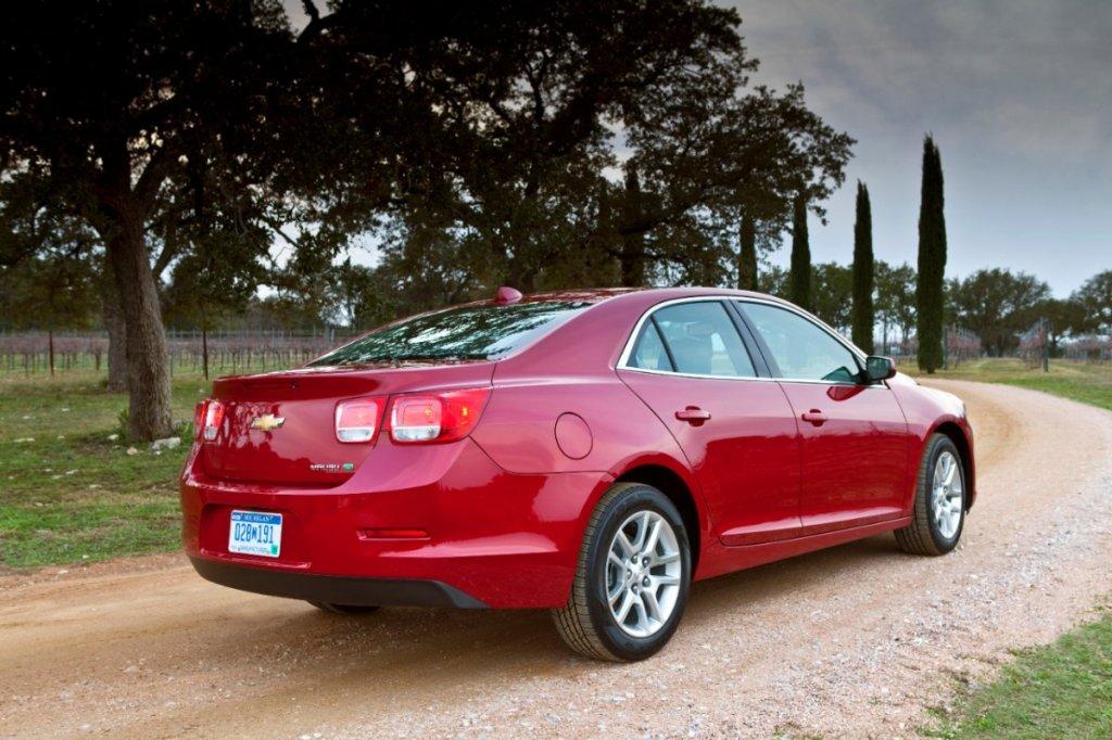 2013-Chevrolet-Malibu-Eco-116-medium