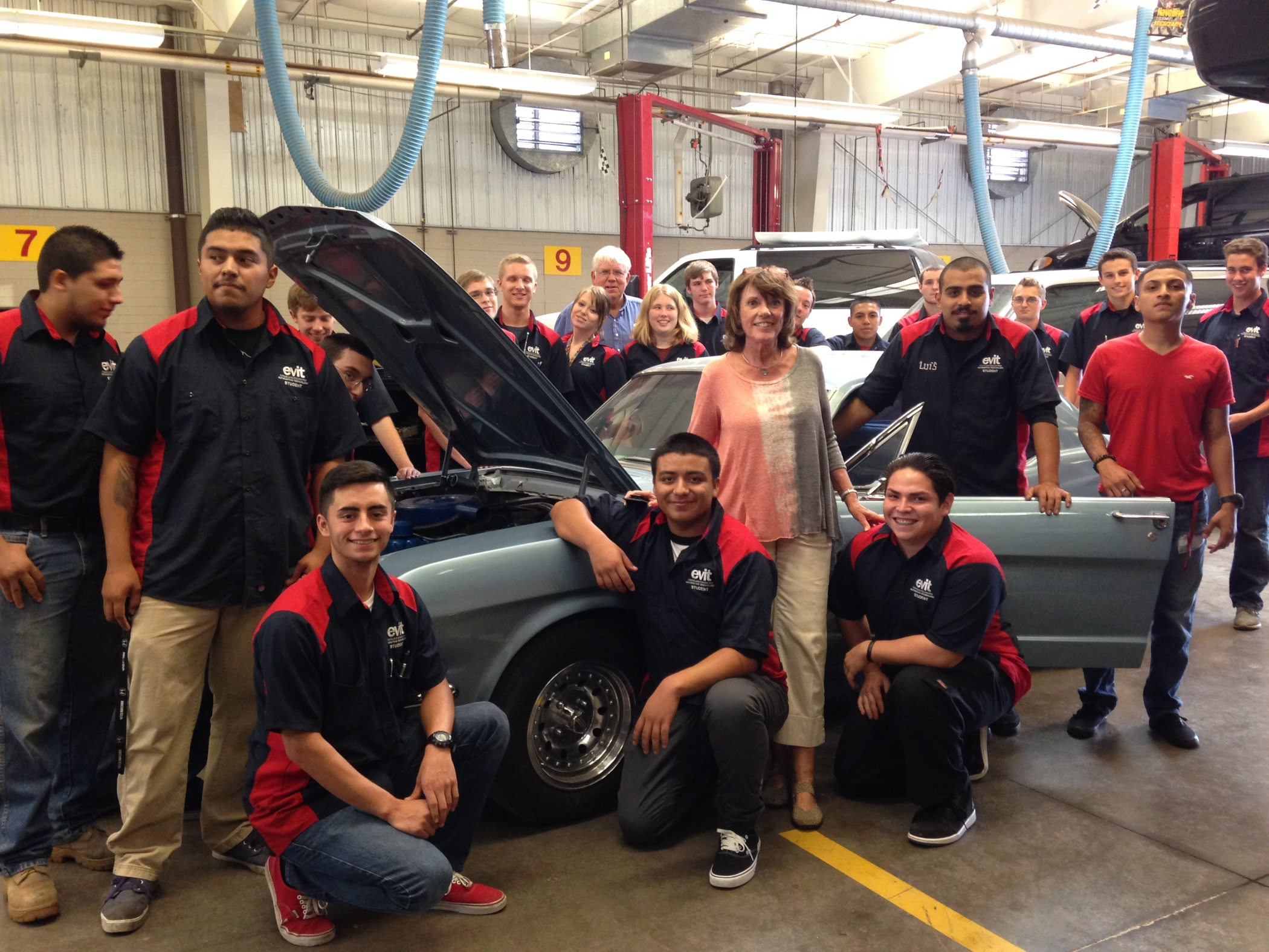 RPM Foundation Diane Fitzgerald with auto restoration students