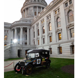 The 1917 Oakland was featured at the Wisconsin capitol