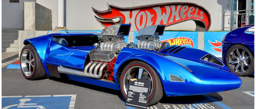 """Unveiled at the 2001 SEMA Show (to commemorate the """"Twin Mill"""" double engined-Hot Wheels original toy car) was this first life-s"""