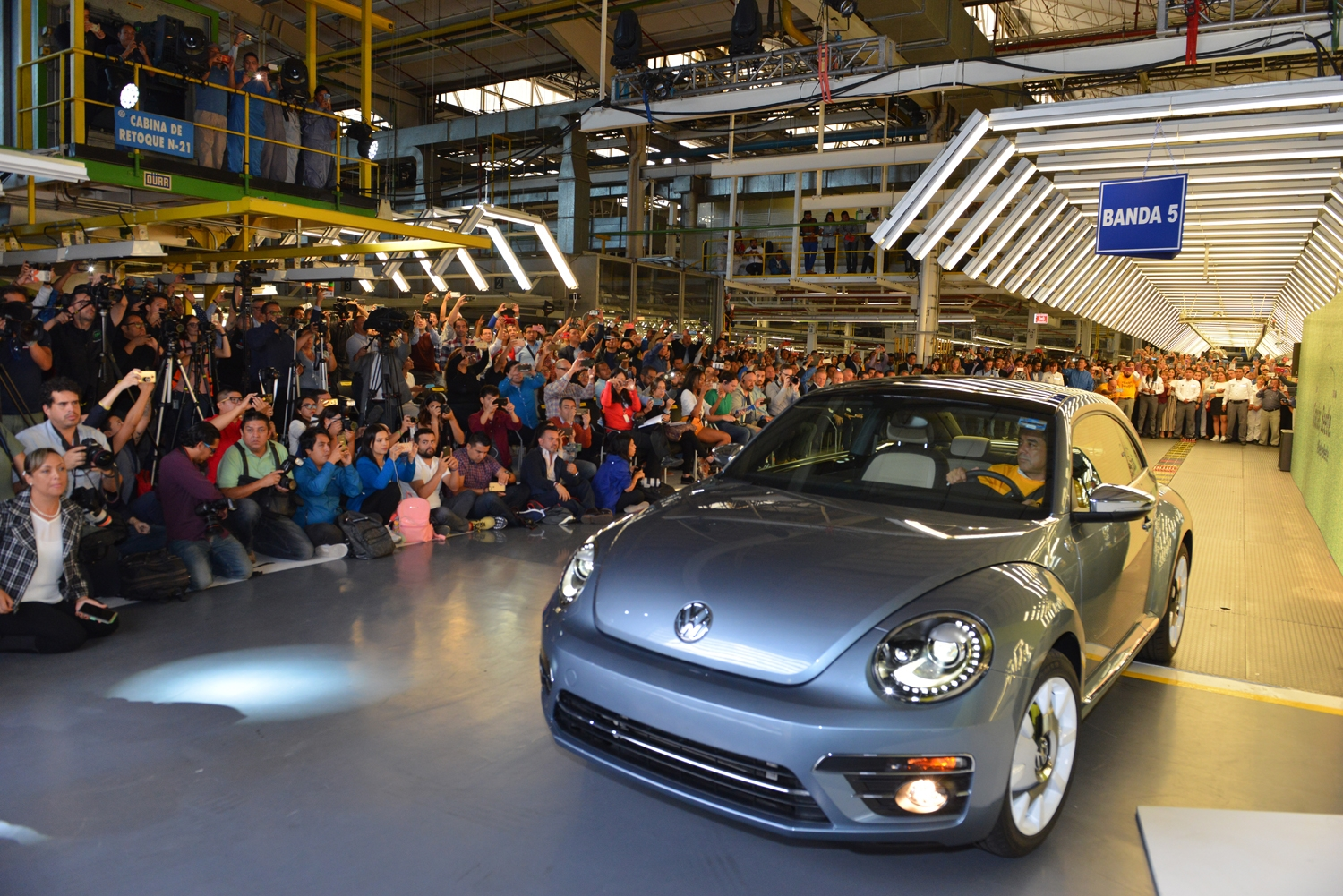 """After the last Beetle rolled through Volkswagen's Mexico plant the company's president, Scott Keogh, said, """"It's impossible to i"""